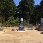 三次市の共同墓地にて、お墓(和型)の据付工事です!!