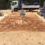 三次市の共同墓地にて、お墓(和型)の基礎工事です!