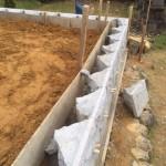 三次市三和町の共同墓地にて、石積み工事(墓地造成)二段目をしました!!