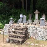 三次市作木町にて、夫婦墓(和型墓石)と置灯篭を据付けました!!