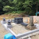 三次市布野町にて、お墓の納骨堂を据え付けました!!