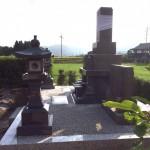 三次市上川立町にて、お墓(移設)と灯篭の据え付け、墓地内仕上げをしました!!