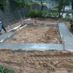 府中市上下町にて、石積み(造成工事)の基礎工事をしました!!