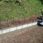 三次市甲奴町にて、墓地のブロック積みをしました!!