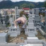 三次市四拾貫町のお寺の墓地にて、お墓(和型墓石、夫婦墓、個人墓)を建てる工事をしました!!