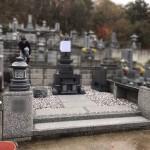 三次市粟屋町にて、お墓(和型墓石)の据え付けをしました!!