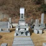 庄原市東城町にて、基礎工事(納骨室)〜お墓の据え付けをしました!!
