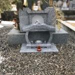 三次市三良坂町にて、お墓の前に香炉を設置しました!!